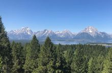 冰与火交融的美西天堂——Signal Mountain  大提顿国家公园位于黄石公园和盐湖城之间,雪