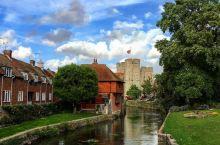 与历史的相遇  ⛪在英国的旅程已经过了一大半,逛过了比较现代的地方,也去购物的地方shopping了