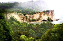 旅拍回忆录.跨年怎么过?去新西兰领略世界闻名的教堂湾(Cathedral Cove)吧。我们去教堂湾