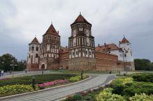 米尔城堡在白俄罗斯明斯克州,是白俄罗斯最著名的景点之一,这是一座15世纪动工的哥特式建筑,以后不断扩