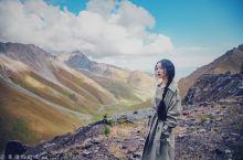 【自驾独库公路·经历人生四季】从独山子大峡谷到乔尔玛:从独山子大峡谷出来继续行驶在独库公路上,壮观山