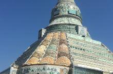 缅甸玉石佛塔壮观、看了图片睡佛会保佑