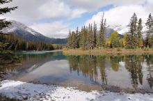 【班夫国家公园】 加拿大洛基山脉班夫国家公园:图—为围绕着班夫小镇的弓河景色;图为班夫秋景;图为引河
