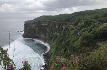 海神庙,蓝梦岛,情人崖……浪漫的巴厘岛七日六晚行程结束。 很开心的行程,酒吧交往很多华籍印度尼西亚朋