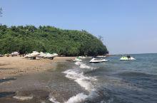 快乐悠闲的节前旅行: 选:因为带着小孩,所以选择海边类可以让小孩尽情玩耍的地方,对比后选择去北海,开