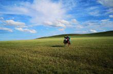 【推荐娱乐项目】策马奔腾在天边草原乌拉盖。 推荐理由: 在这风景如画的天边草原乌拉盖,策马奔腾,自带