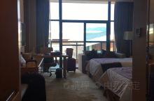 在当地绝对可以算是最高端的酒店了,早餐也还是不错的,周围比较偏,酒店可以游泳、汗蒸、健身,住客全部是