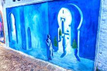 舍夫沙万,蓝色而不忧郁  都说蓝色代表着忧郁,可在这里,无不处在的蓝色,四处彰显着活力。 舍夫沙万