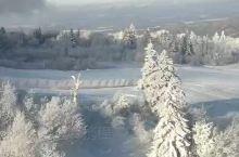 亚布力滑雪场,新体委滑雪场,大锅盔山顶,5000米雪道,滑一下很过瘾的,国内没有比这在长的雪道了