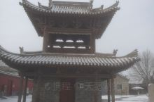 最后聊聊塔的稳定性和他暗格里藏的佛祖的佛牙舍利。塔之所以历经千年不倒,要知道西安大雁塔就在地震中损毁