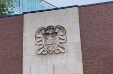 今年9月份去了百年老牌英国利物浦大学,当然是位于英国的利物浦这个海边城市,学校的红砖建筑是招牌也是象
