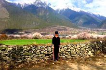 美景与人物完美的融合,这里是西藏林芝,亲近自然的人去了终生无悔的地方。-作者(我)