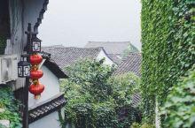 """嵊泗必打卡小众秘境——现实版绿野仙踪,获""""中国最美村庄""""殊荣 后头湾村曾是嵊泗最富裕的村庄之一,由于"""