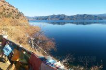 泸沽湖真的太美了,冬天都风景如画,来的很值