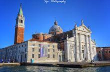 俯瞰威尼斯制高点的绝佳观景台:圣乔治马焦雷教堂  包包很喜欢威尼斯,但是由于游客太多,所以很多人的