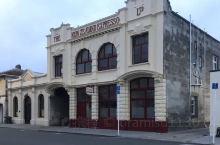 新西兰南岛 奥马鲁白石小镇 信步进入安静的白石小镇 仿佛回到了19世纪最繁华的港口城市奥马鲁 镇上的