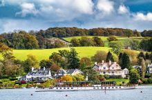 """乘船+蒸汽小火车,如诗如画的 温德米尔湖 区 温德米尔湖区,堪称""""英国中部最美丽的风景"""",是《哈利波"""