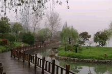钟祥莫愁湖畔