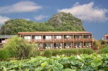五一假期,四天入住普者黑朴里全湖景酒店,度过了一个愉快完美的假期。酒店位置好,临湖而建,所有房间均有