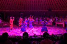 【乌兰布统草原】诈马宴  位于内蒙古自治区赤峰市克什克腾旗西南部,曾是清朝皇家木兰围场区。乌兰布统为