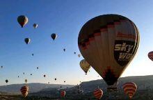 每个地方都有每个地方的特色 土耳其的地貌加上升空的热气球 美的无与伦比 它真的是无可复刻的