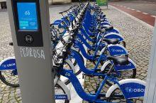 共享单车,奥斯陆的,外国人估计用不了,下载APP要绑卡,本地倒是有很多人在用.