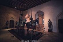 塞哥维亚小城的另一侧,是阿尔卡萨尔城堡,是白雪公主城堡的原型,现在是兵器博物馆...