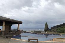 朝日温泉,世界上仅存的两座海上温泉之一。