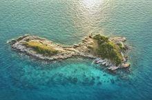 度假胜地——奥派海滩  如果你跟我一样,想一个人静静的享受度假的时光,那么来到沙美岛,奥派海滩是一定