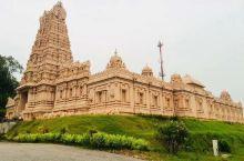 温顺的银叶猴🐵   壮观的沙克蒂印度庙