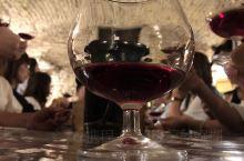 如何品鉴红酒?