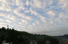 看山,看云,看梯田瀑布,夜晚还能看到满天繁星,这就是南尖岩