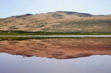 沙漠中的海     如果你爱TA,      就带TA去沙漠,      因为那里美丽如画远离尘世;