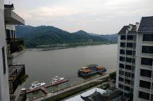 值得住一晚的地方,环境漂亮,只是游客不算多,好好欣赏北江美景。