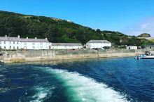 走过巨人之路,关上壮阔美丽的海岸线与欧美建筑  在爱尔兰这个国家,他的空气特别的好,而且那里的绿化环
