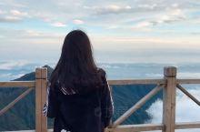 江西萍乡武功山,站在云海之上。