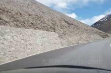 """日土,藏语意为""""枪叉支架状山下"""",隶属西藏自治区阿里地区,阿里地区辖县,是边境县之一。 这里是高海拔"""