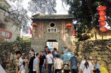 10 月2日从江门出发,到广西黄姚古镇,这个景点建设一般,很多还在建设,走了两个小时就全部逛完了。临
