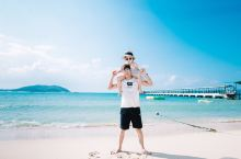 亚龙湾沙滩!风景不错,水很干净! 携程旅游很靠谱!安排的吃喝玩乐都很好! 总之一个字!好!
