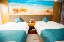 凯腾酒店新装修的主题房太棒啦!超喜欢这海洋风,清新又干净。前台服务员热情,送关心送水果茶水,还帮忙拿