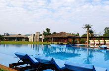 """Club Med的中文名叫""""地中海俱乐部"""",是全球第一家专为亲子游、家庭游设计的连锁度假村。在桂林C"""
