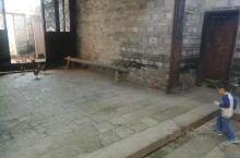 江西的赣州龙南围屋,这里的建筑非常的古老,保留的也非常的完整,他的为无景观非常的美。