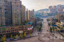 长江、赤水河、习水河三江交汇,取其名为合江,位于川南腹地,历史上是四川进入贵州的交通要地,也是长江上