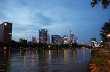 很美的莱茵河夜色