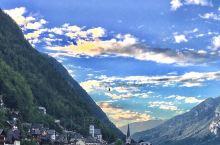 哈尔施塔特,奥地利西部,阿尔卑斯山脉中一个紧邻萨尔茨堡,因盐矿而成的湖边小村,中世纪时期,这里一直是