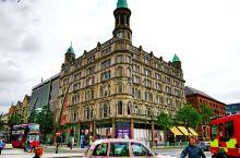 北爱尔兰是大不列颠及北爱尔兰联合王国的政治实体之一,位于爱尔兰岛的东北部,首府是贝尔法斯特。面积14