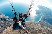 《花样姐姐》同款土耳其滑翔伞, 费特希耶 的 死海 日落太美啦。  🪂我们带着五岁半的刘小朵,一起