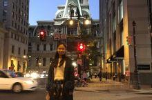 到美国的首站是华盛顿,住在同学家,几天后和同学一起出门玩耍,来到费城,算是我俩第一天出远门,晚上吃个