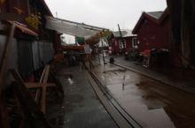 航海博物馆应该算是这个城市重要的博物馆 就在港口旁边 这现在是一个修船的工厂,里面有很多修船的残骸。