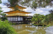 京都是仿照我国唐代长安城建造的日本古代城都。         曾作为日本首都长达约1200年之久,遗
